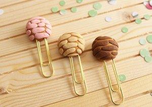 conchita-paper-clips