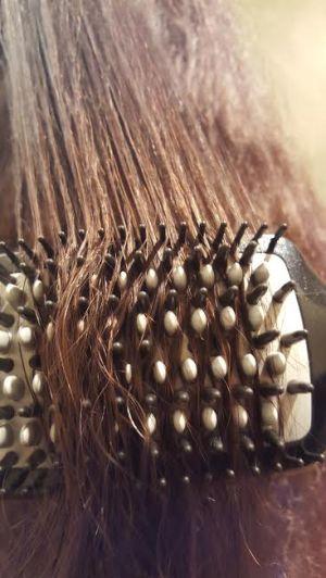 Infiniti Pro Straightening Brush Review