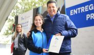 Entregan beca a 145 mil estudiante de Tamaulipas