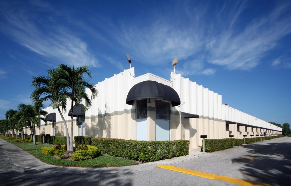 Coral Springs Business Warehouse