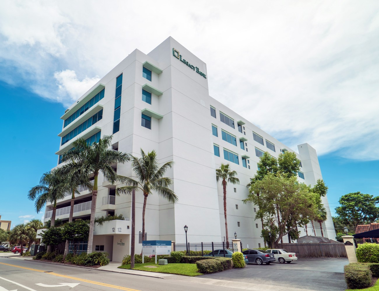 Cushman & Wakefield Negotiates $13.7M Sale and $11.88M Financing of Fort Lauderdale CBD Office Building