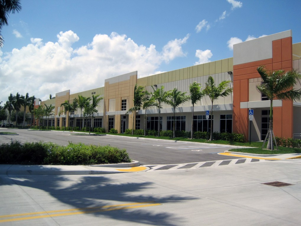 Broward International Commerce Center