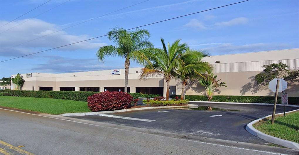 Flamingo Commerce Center