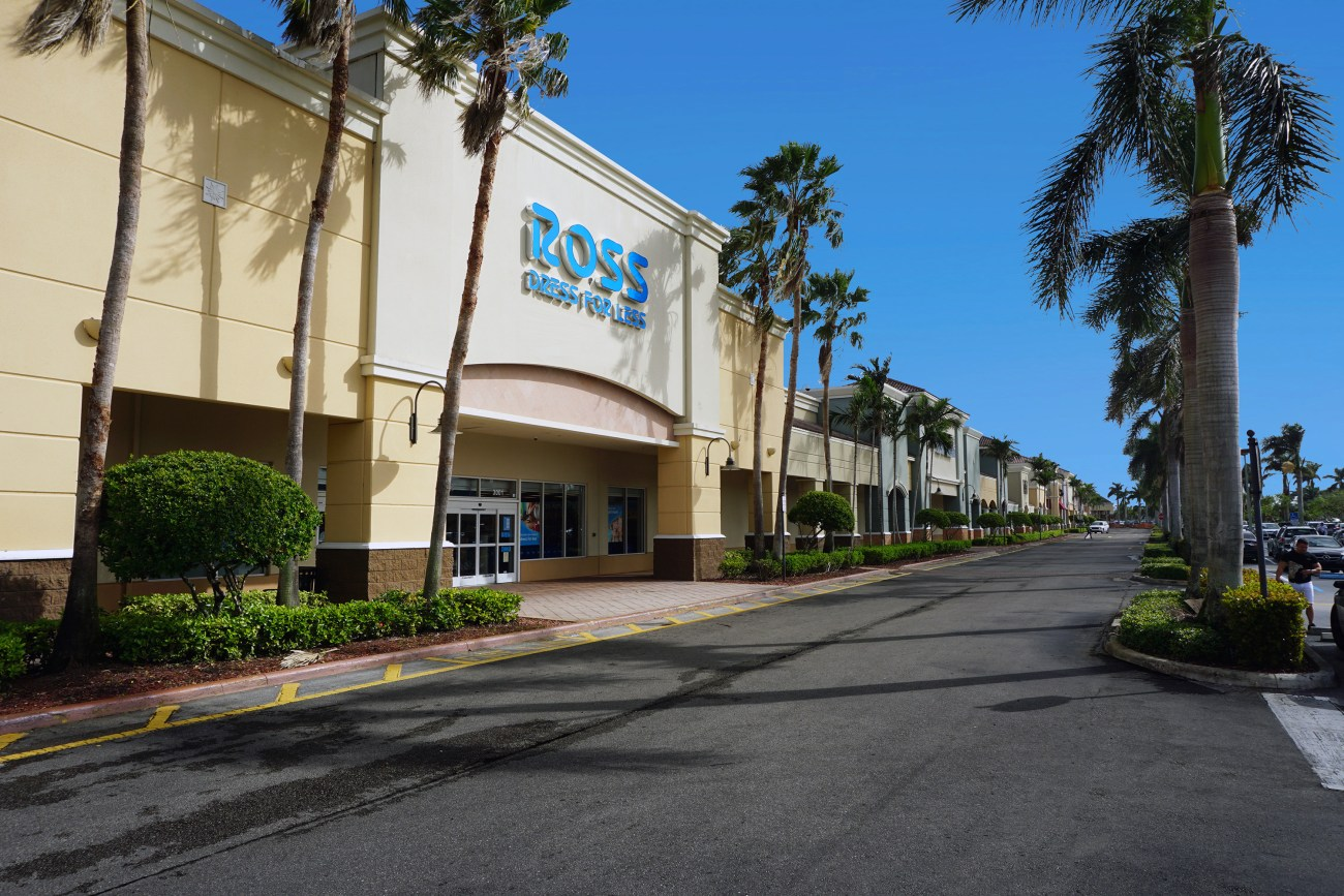 Cushman & Wakefield Secures $20M Acquisition Loan for Fountains of Miramar