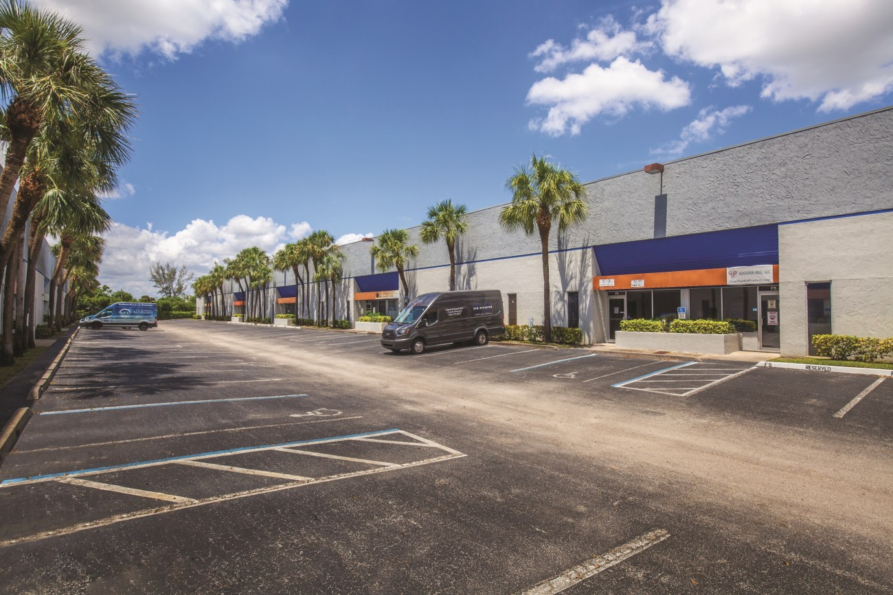 ‌Cushman & Wakefield Negotiates $62.25M Sale and $31.125M Financing of Powerline Business Park
