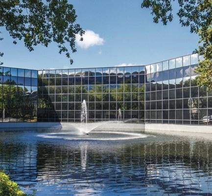 Cushman & Wakefield Negotiates Sale of Concourse Center