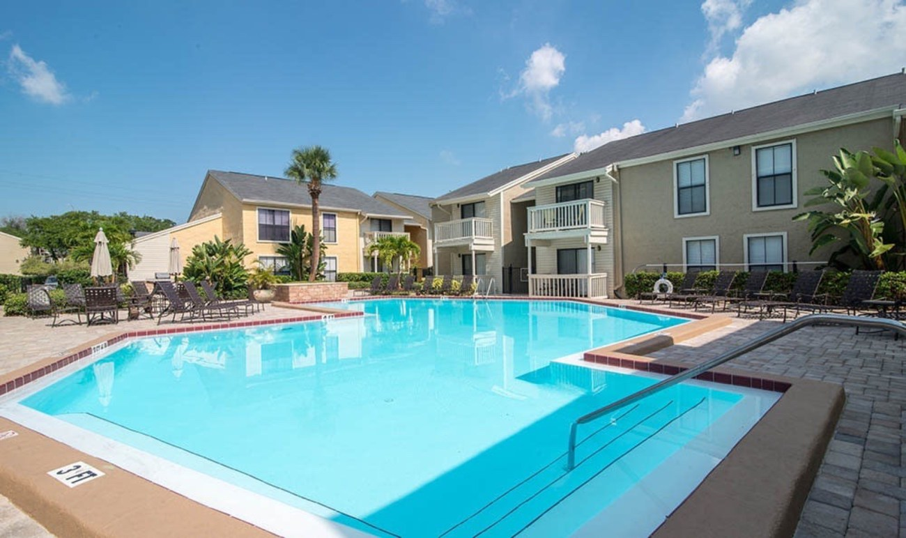 Cushman & Wakefield Arranges $26.25M Sale of Bay Oaks Apartments