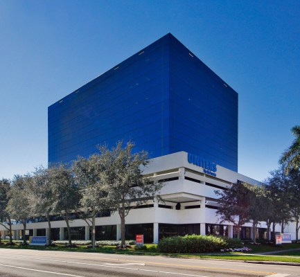 Cushman & Wakefield Negotiates $19.35M Sale and $18.4M Financing of West Palm Beach Office Tower