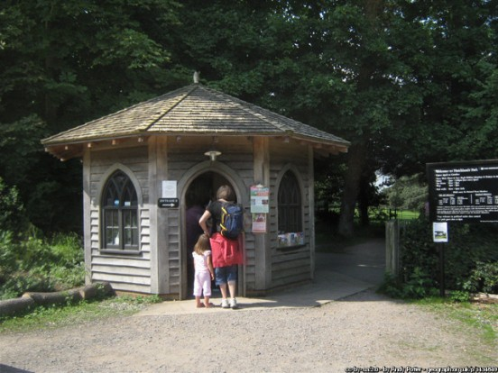 Ticket kiosk, Hatchlands Park, Surrey (Andy Potter)