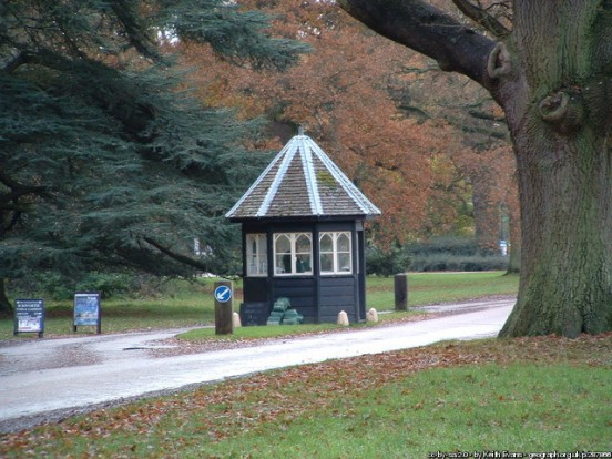 Entrance kiosk, Ickworth, Suffolk (Keith Evans)