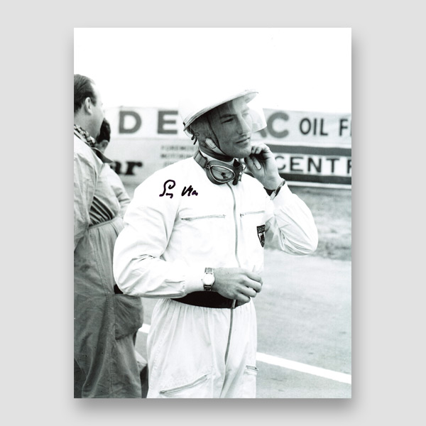 43-Stirling-Moss-signed-photo