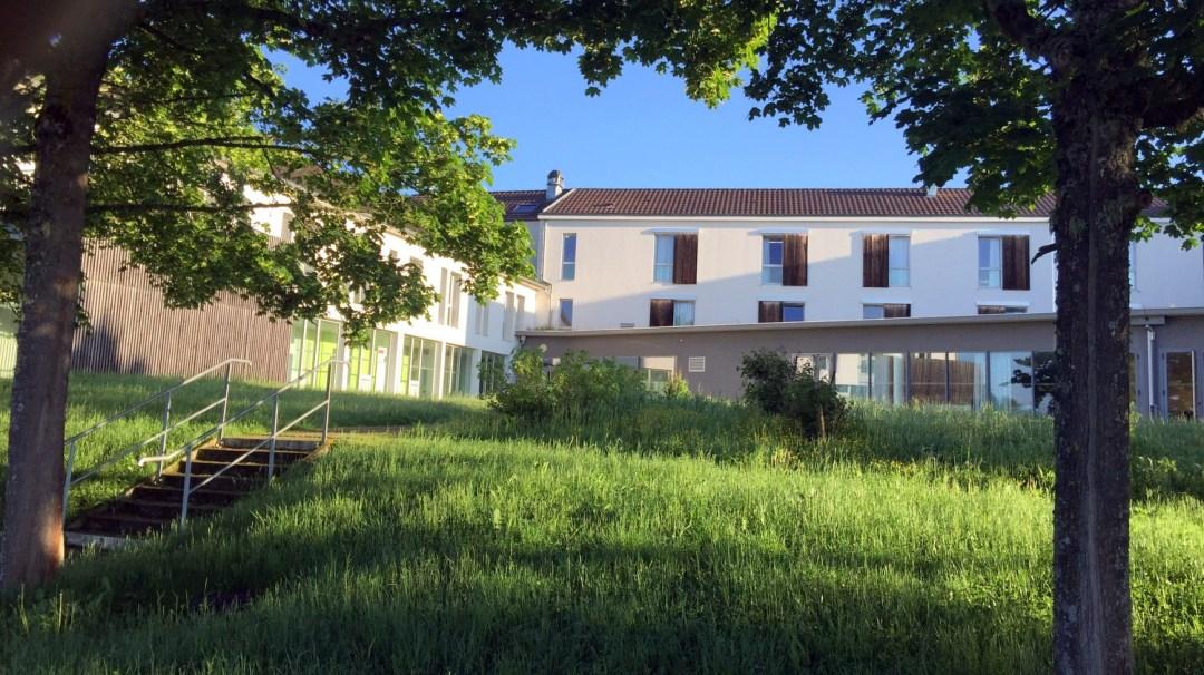 Matin au logement Mercredi Saint-Nectaire et Volvic