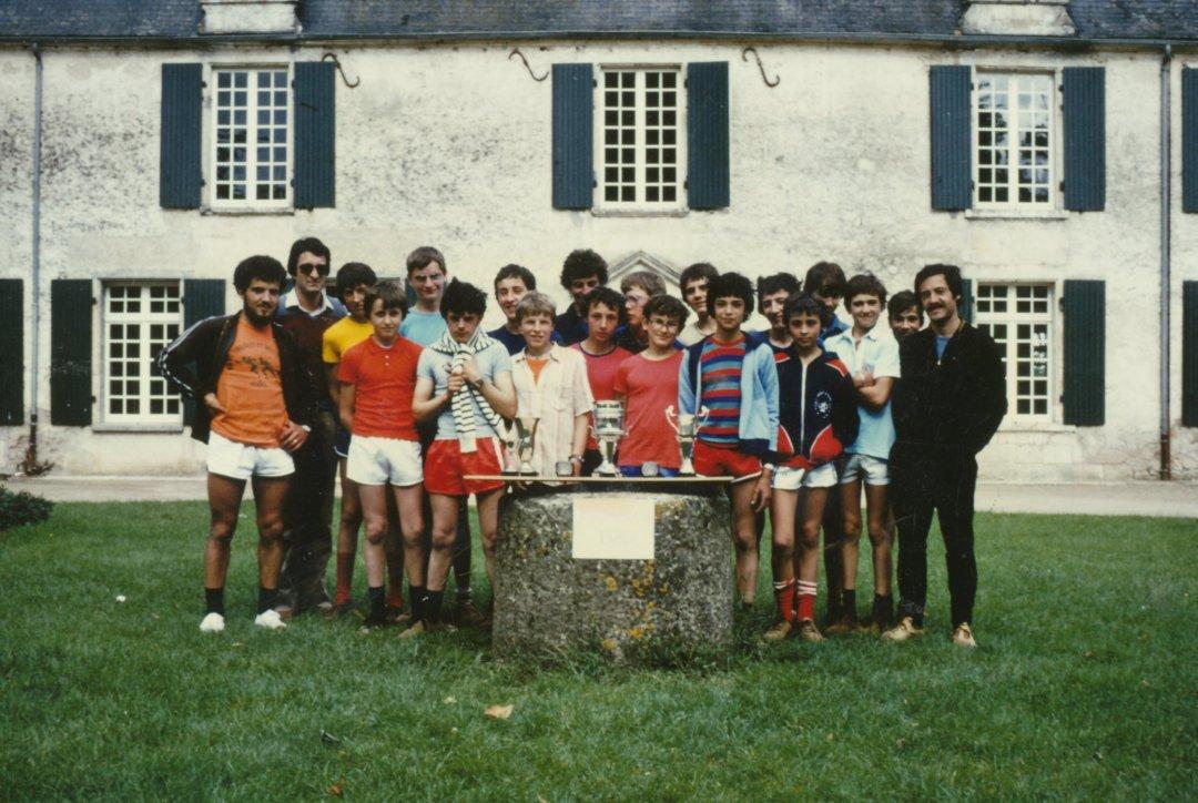 Michel BATY et Paul CANTIN encadrent le groupe
