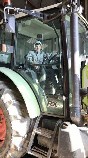 Il faut du talent pour conduire un tracteur !