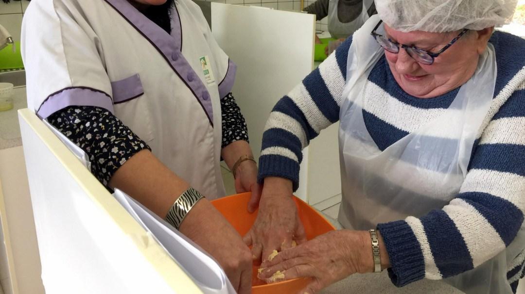Atelier Patisserie J1 tarte au chocolat et sa farandole de fruits CFA MFR Puy-Sec Formations Adultes (29)