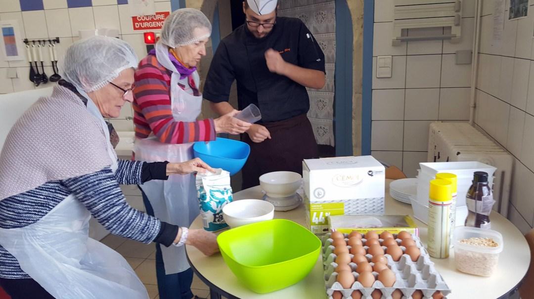 Atelier Patisserie J1 tarte au chocolat et sa farandole de fruits CFA MFR Puy-Sec Formations Adultes (3)