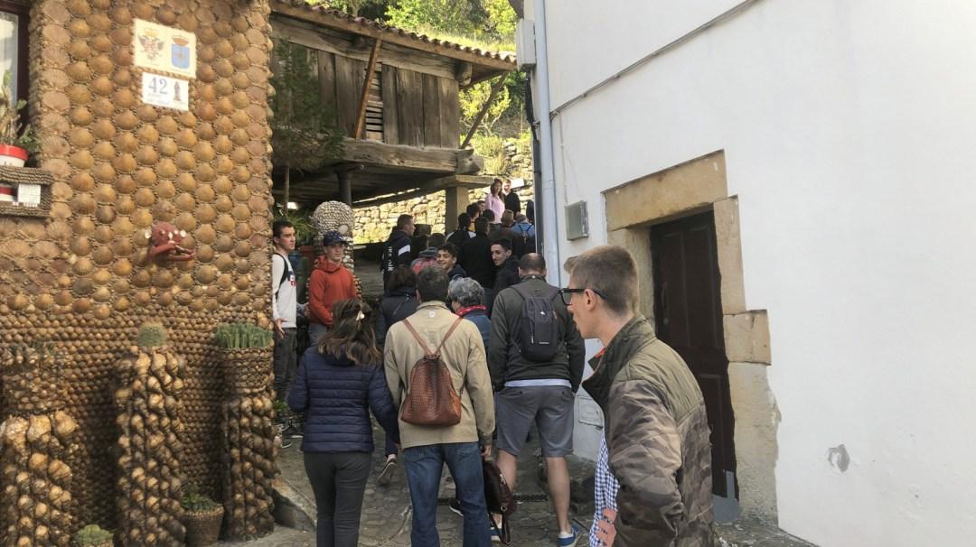 Déambulation dans le village de Tazonzq Espagne