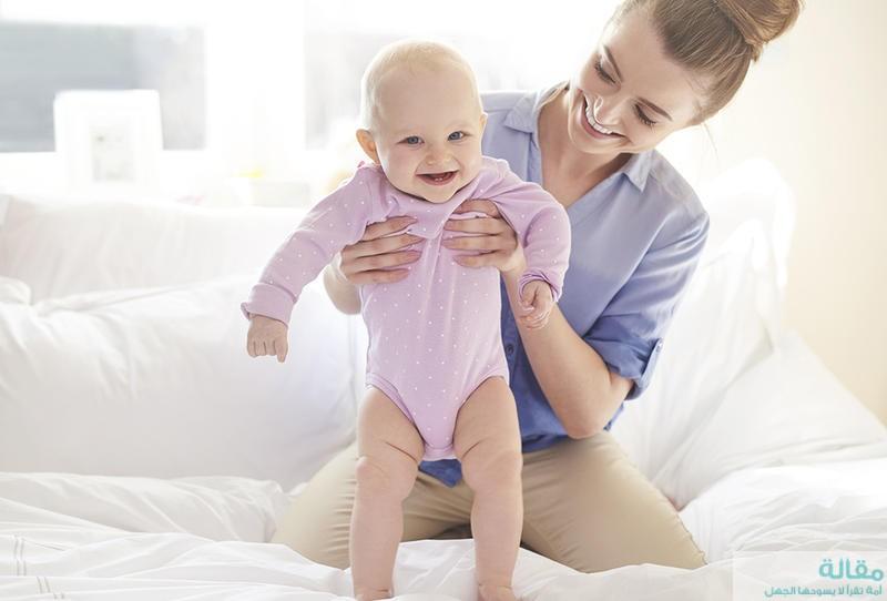مرحلة نمو المولود الحديث في الفترة من 1-6 أشهر