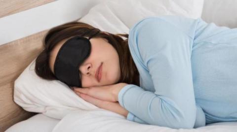 مجموعه عادات نوم فعالة لتقويه مناعتك