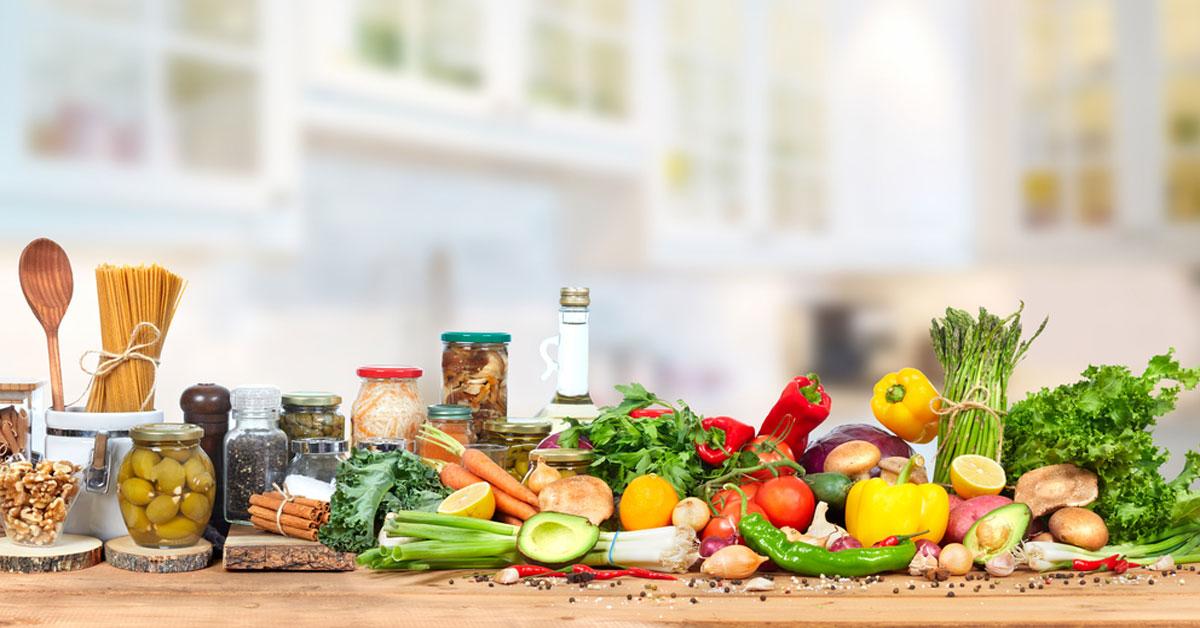 طرق لتقليل الأطعمة المصنعة للحفاظ علي الصحه