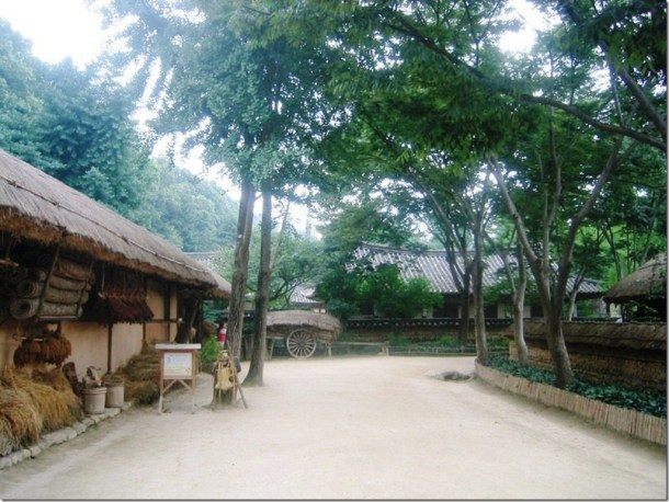 2005_07_15 Korean Folk Village (12)