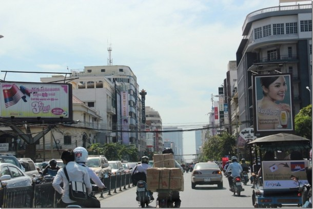 2012_12_30 Cambodia Phnom Penh Monivong Blvd