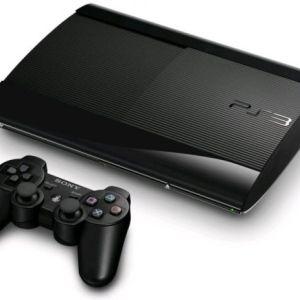 PS3: Playstation 3 Super Slim 500gb Pelikonsoli (käytetty)