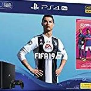 PS4: Playstation 4 konsoli 1TB - Fifa 19 Bundle (UK)