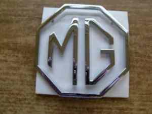 3 piece achterklep badge chroom