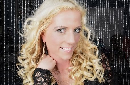 Jennifer Sturm – Der blonde Engel