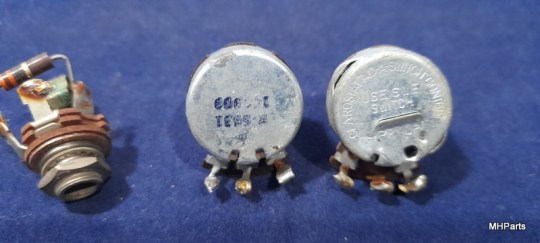 Reliant (Eldico) Receiver R-104 Original Knobs Lot Used