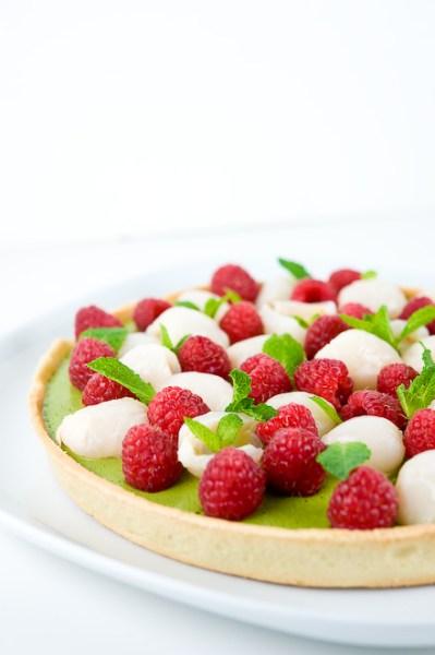 Green Tea Lychee Raspberry Tart by Zen Can Cook | http://www.miaking.com
