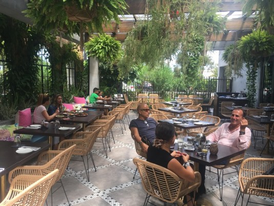 upper buena vista restaurants, Vista Miami, Vista restaurant, MiamiCurated