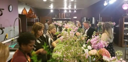 flower arranging class miami
