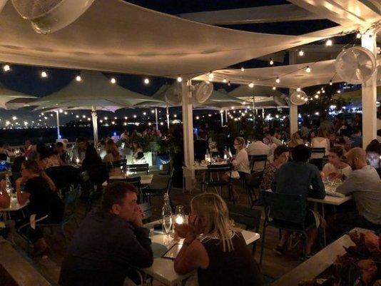 waterfront restaurants in Miami Beach