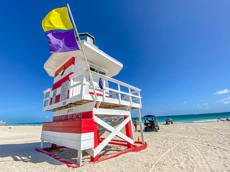 Miami-Beach-Lifeguard-Tower-800px-20200219-IMG_2298