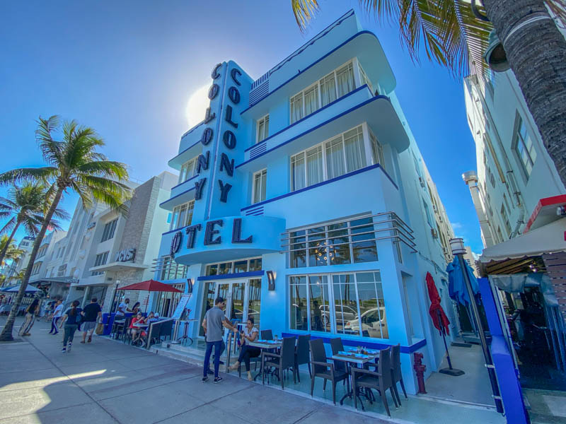Ocean Drive Colony Hotel
