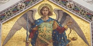 Jesús y el Árcangel Miguel