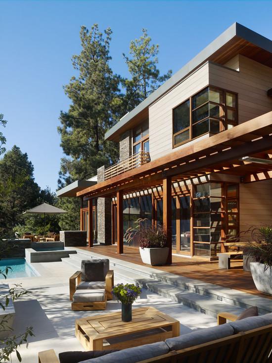 Pool Patio (Los Angeles)