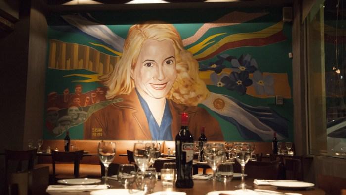 El Santa Evita Restaurante - Buenos Aires Argentina - Mural Evita Sasha Primo