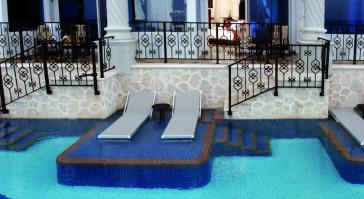 alberca hotel Hyatt Zilara Cancun