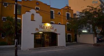 Hotel Hacienda Cancun1
