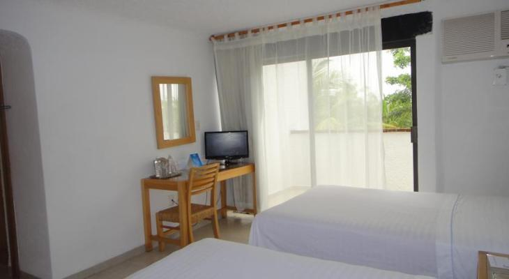 Hotel Sotavento & Yacht Club Cancún