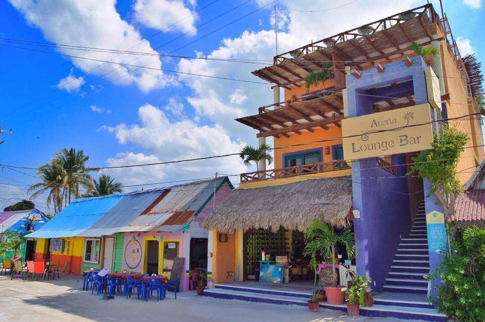 plaza principal isla hobox