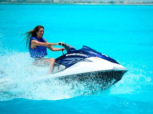 Waverunner cancun