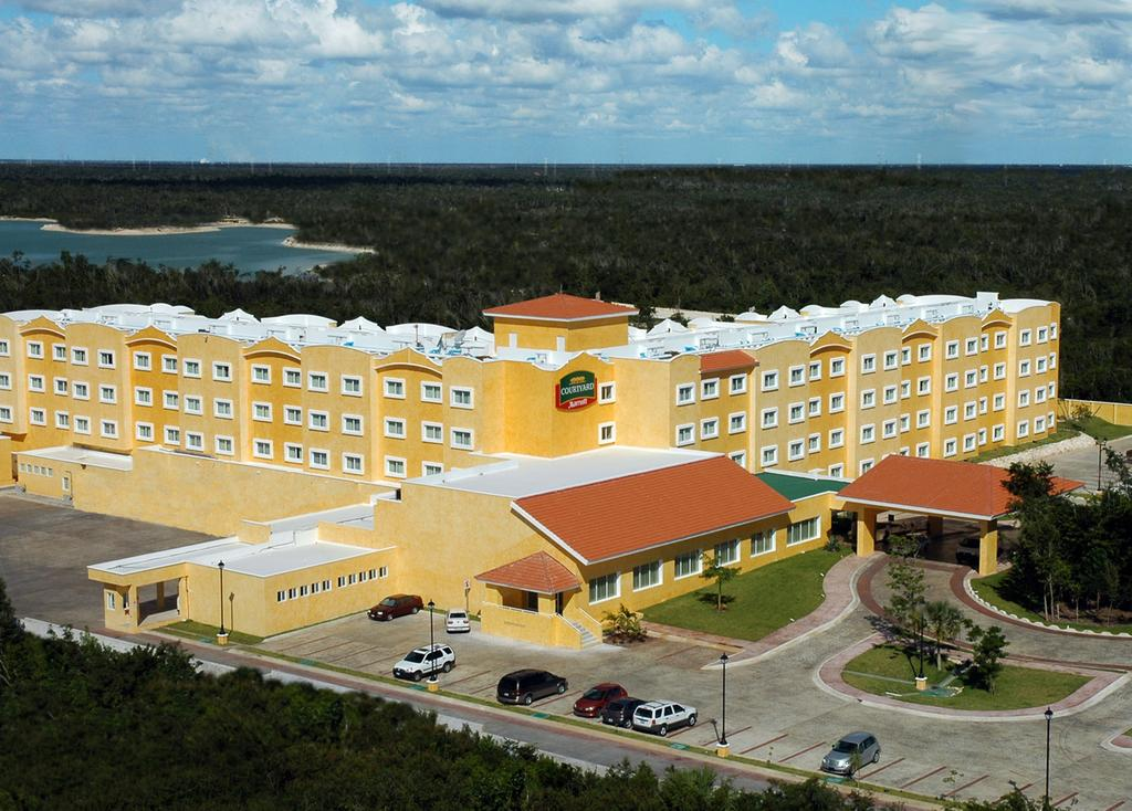 Courtyard by Marriott Cancun Airport