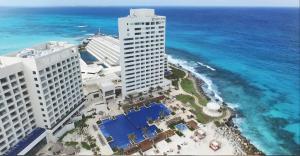 Turquoize at Hyatt Ziva Cancun hoteles para adultos cancun