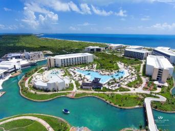 Grand Palladium Costa Mujeres Resort hotel familiar