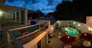 Moloch alojamiento economico cancun