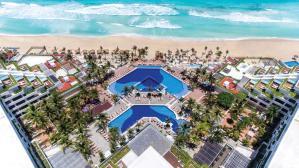 Now Emerald Cancun hotel familiar cancun